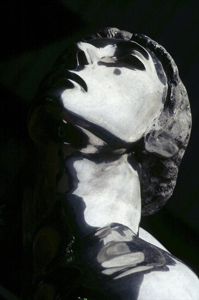 Skulptur von Thomas Schütte