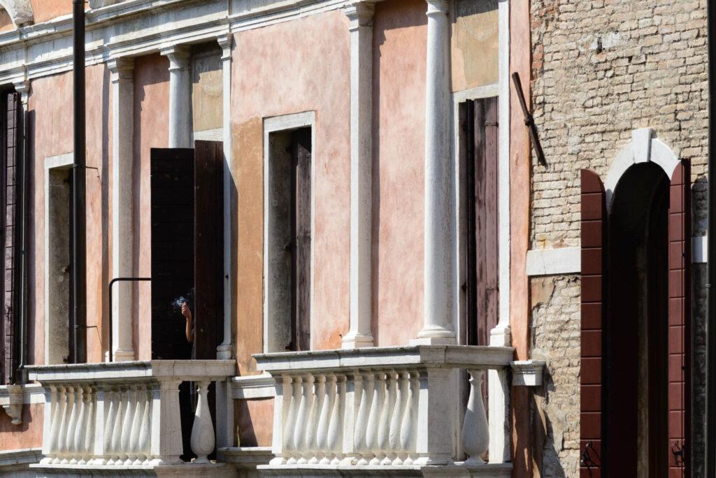 Raucher in Venedig