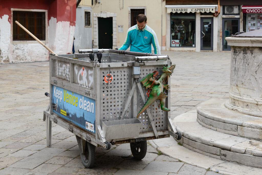Straßenreinigung, Venedig
